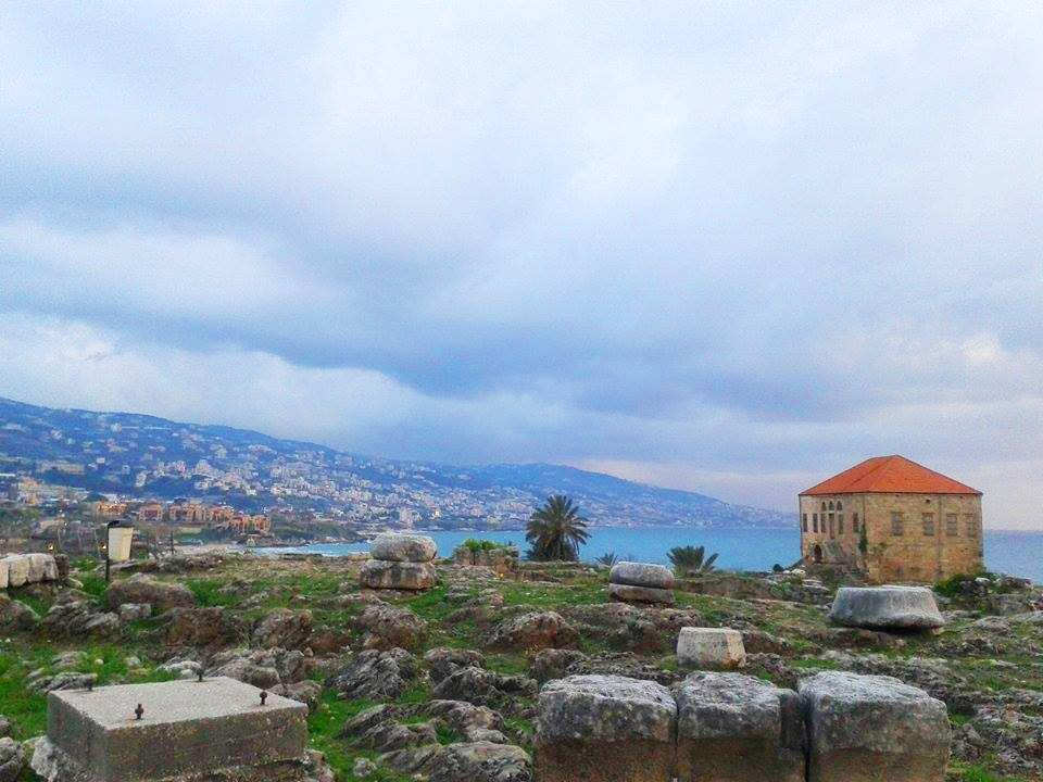 Byblos' old city sea side, 2015.Photo by: Rasha Faek