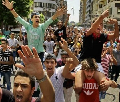 Hundreds of Egyptian students chant slogans during a protest against the cancellation of high school exams, in Cairo, Egypt, Monday, June 27, 2016.  (AP Photo/Ahmed Abd El Latif)