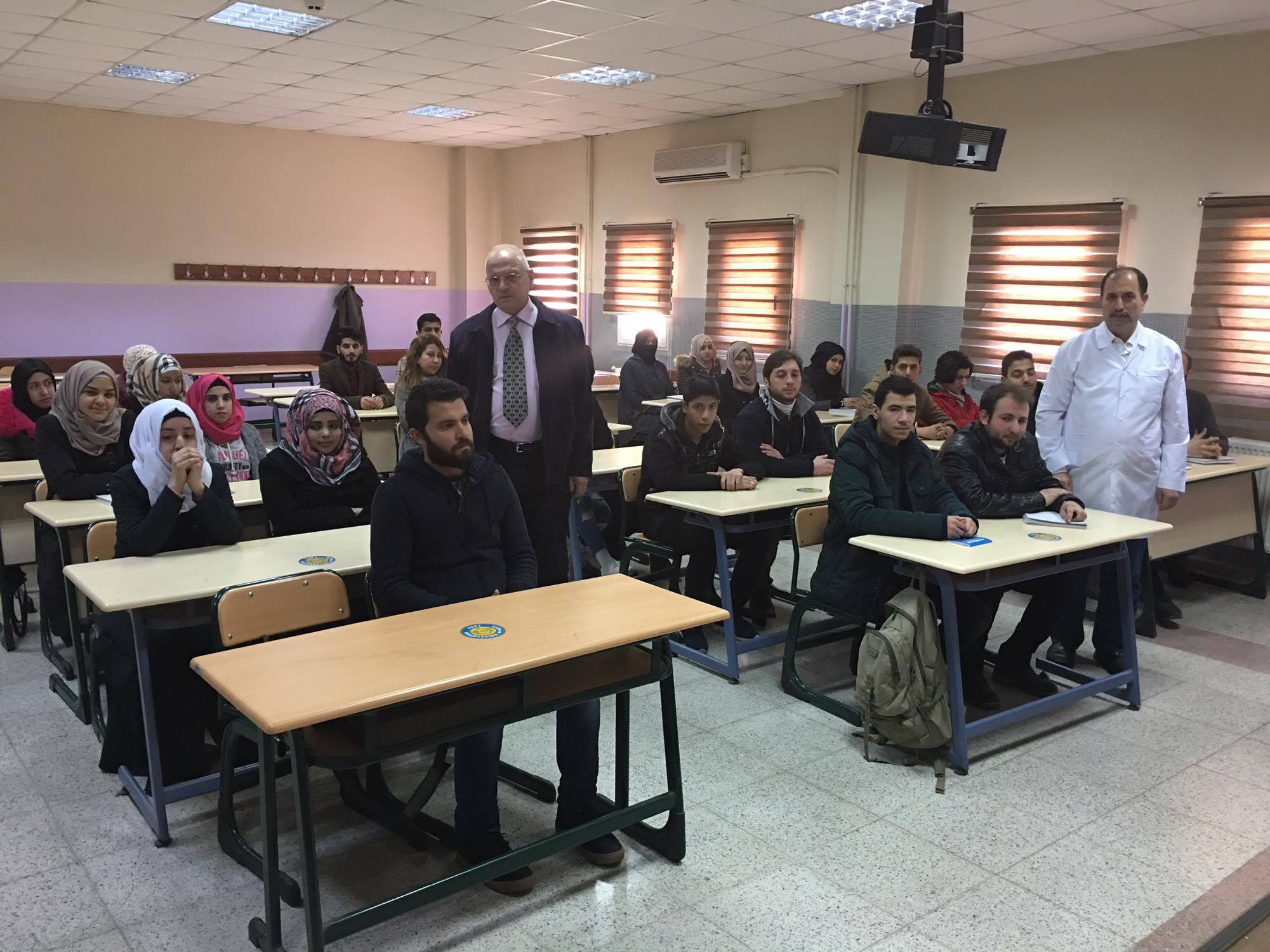 Hiring teachers who speak Arabic makes it possible for Syrian refugee students to proceed their study. Photos credit: Mehmet Guli Aslan